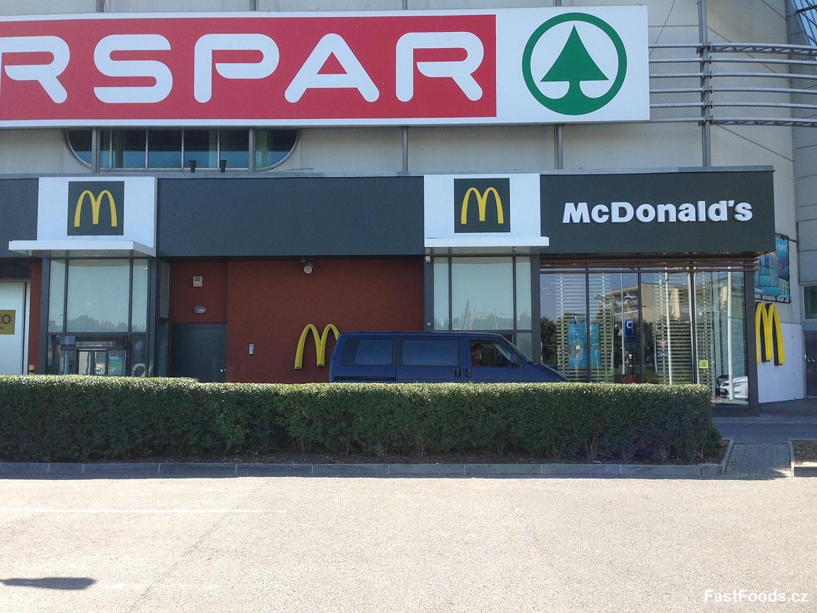 McDonald´s - Hostivař Shopping Park
